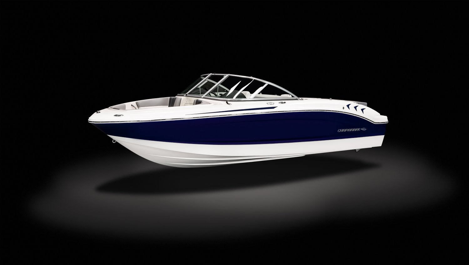 Image of a Solid Black Hull 2021 19