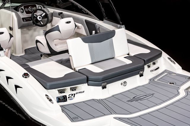 21 SSi - Aft Seat