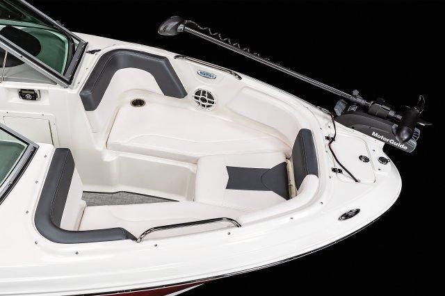 21 SSi Ski & Fish - Bow Seating