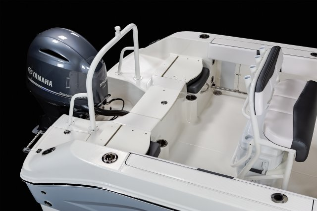 R200 - Aft Casting Deck