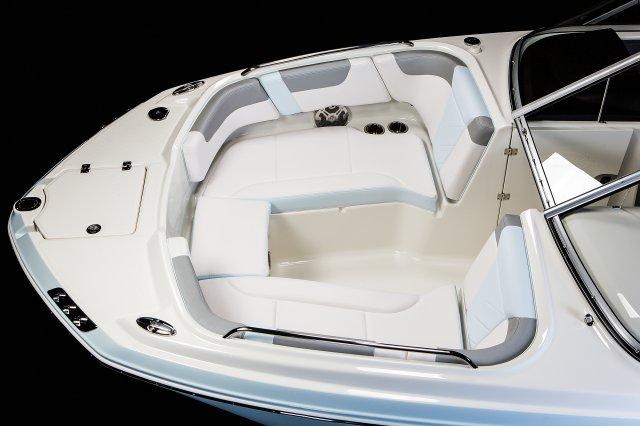 230 Suncoast - Bow Seating