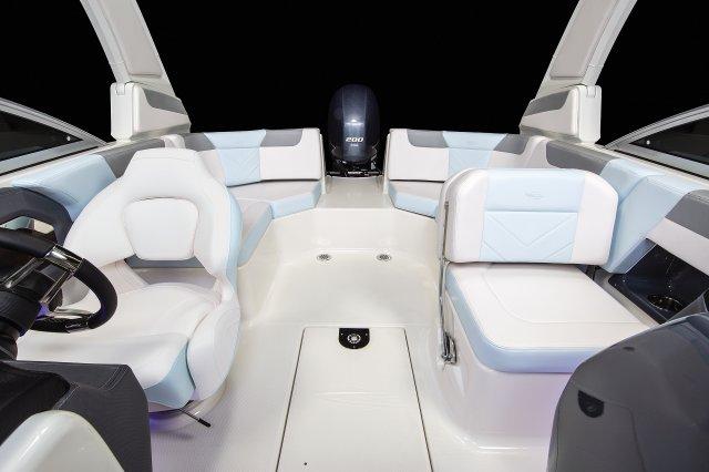 230 Suncoast - Cockpit