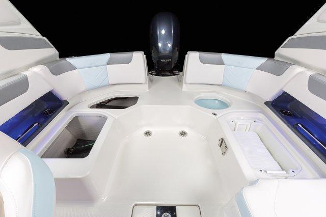 230 Suncoast - Cockpit Storage