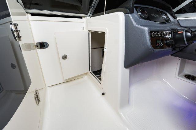 230 Suncoast - Console Storage