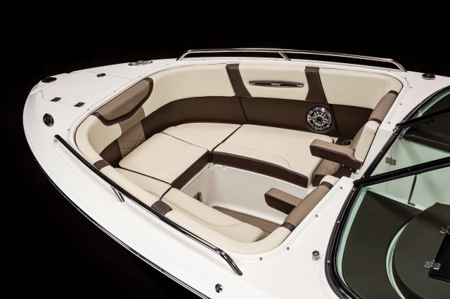 267 SSX - Bow Seating