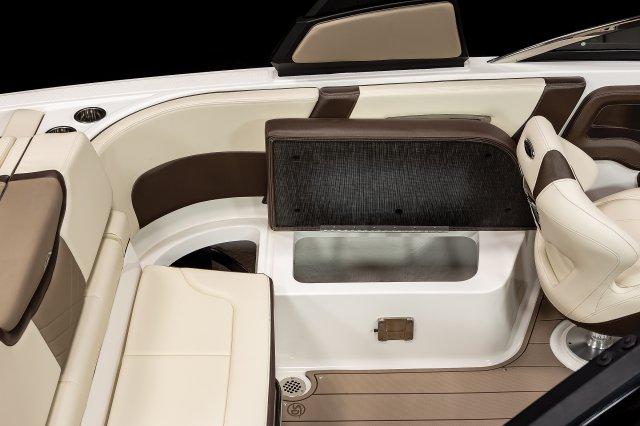 267 SSX - Cockpit Storage