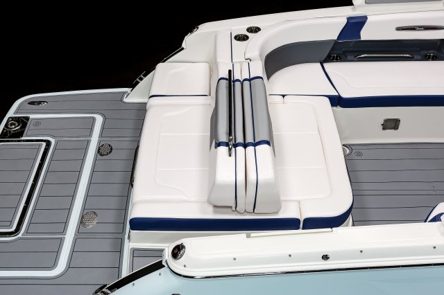 287 SSX - Aft Bench Seating