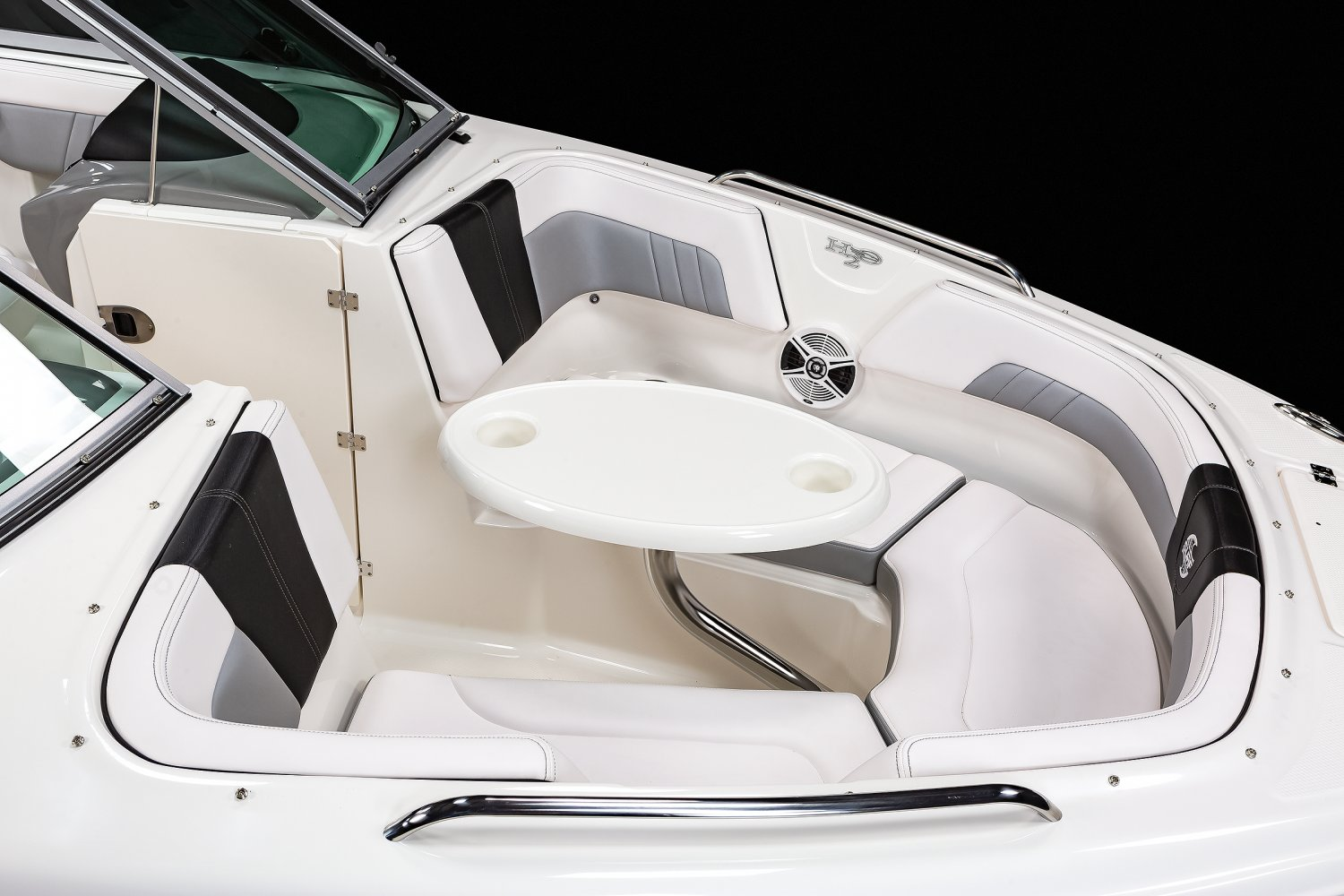 Image of a White 2019 23 SURF