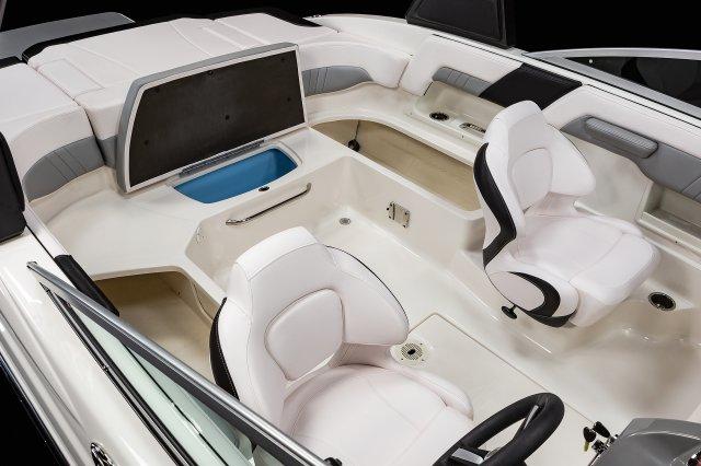 23 SURF - Cockpit Storage