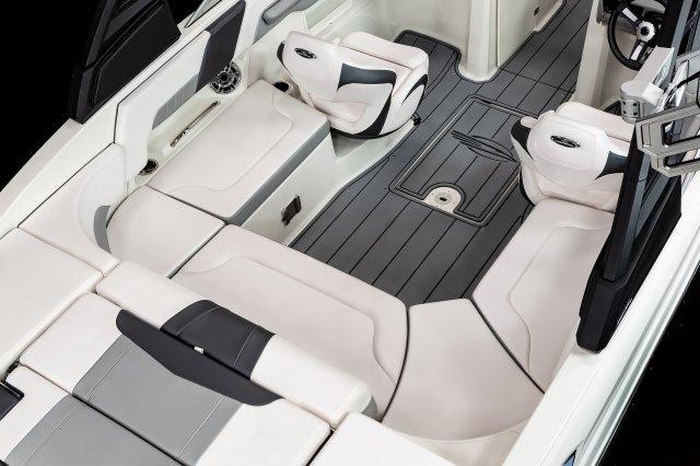 23 Surf - Cockpit Seating