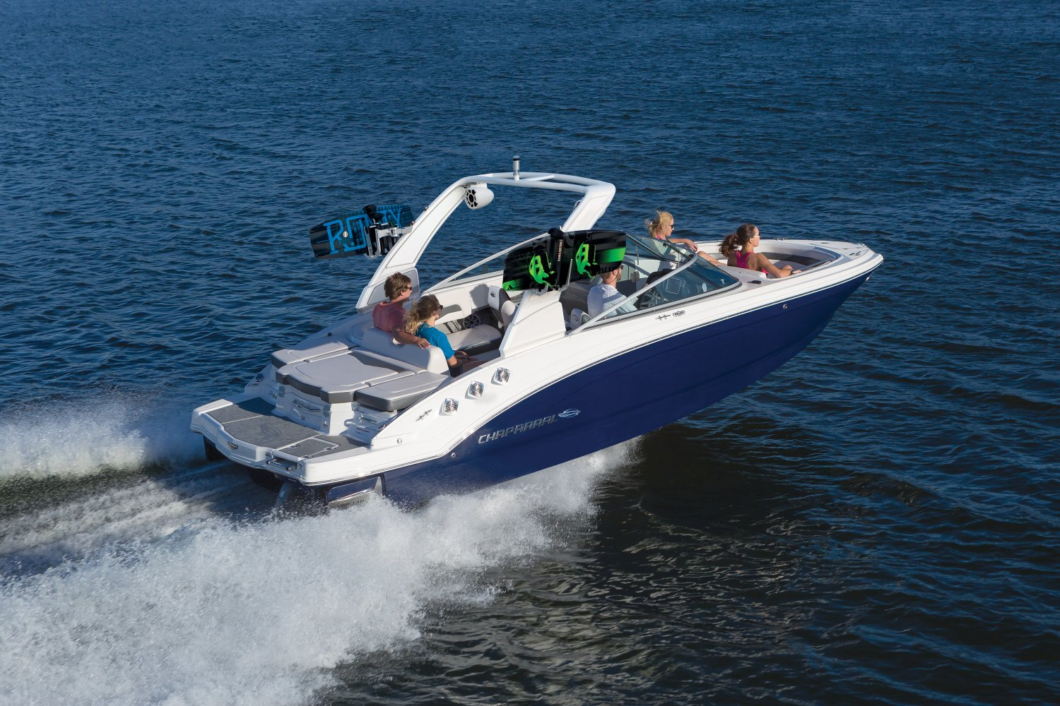 Image of a Solid Blue Hull 2020 24