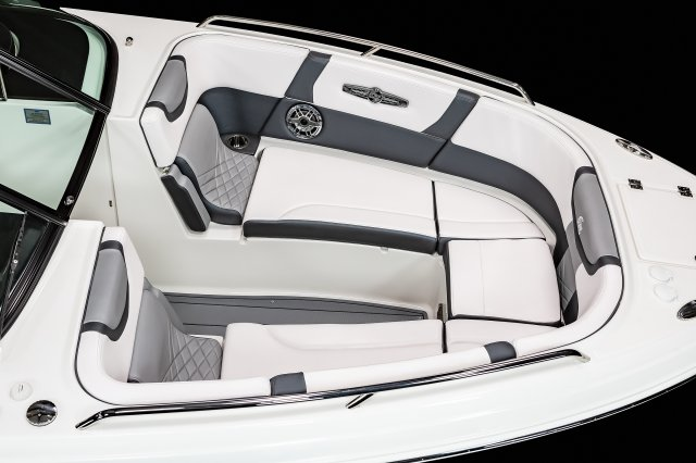 30 Surf  - Bow Seating