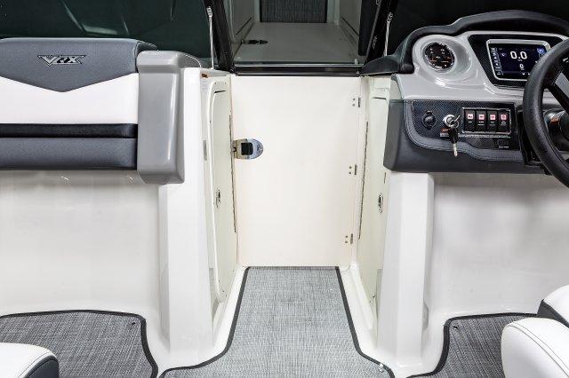 203 VRX - Bow Close Off Door