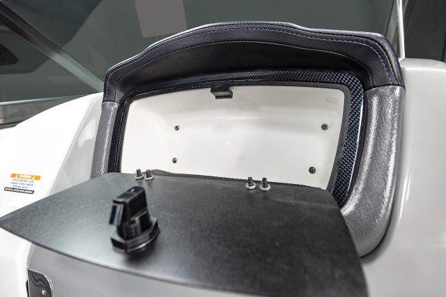 2430 VRX - Glove Box
