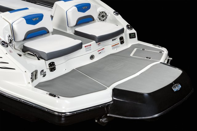 2430 VRX - Swim Platform