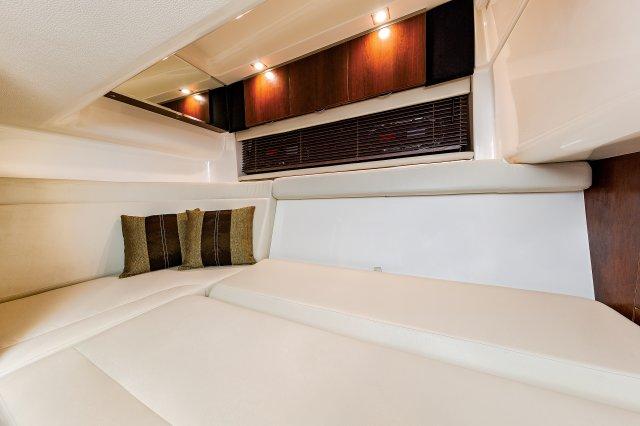 347 SSX - Cabin Berth