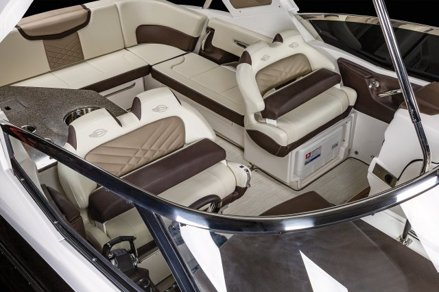 347 SSX  - Helm Seating
