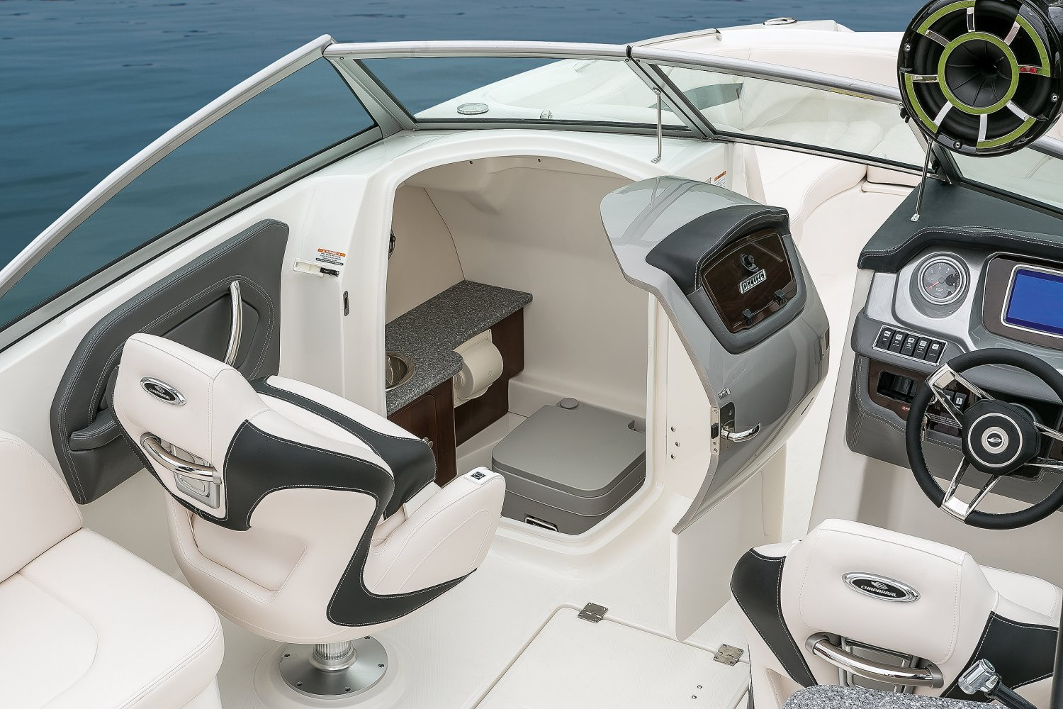 Image of a Solid Blue Hull 2018 244 Sunesta  Port Console / Head