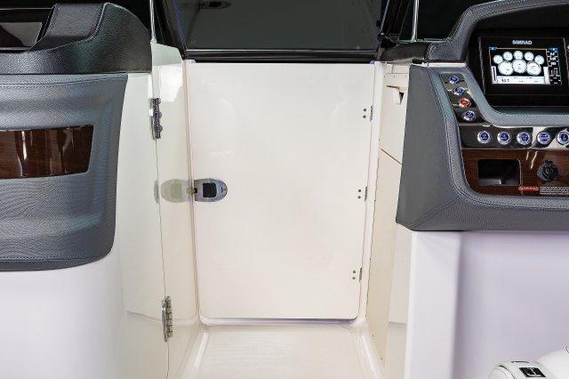 307 SSX - Bow Close Off Door